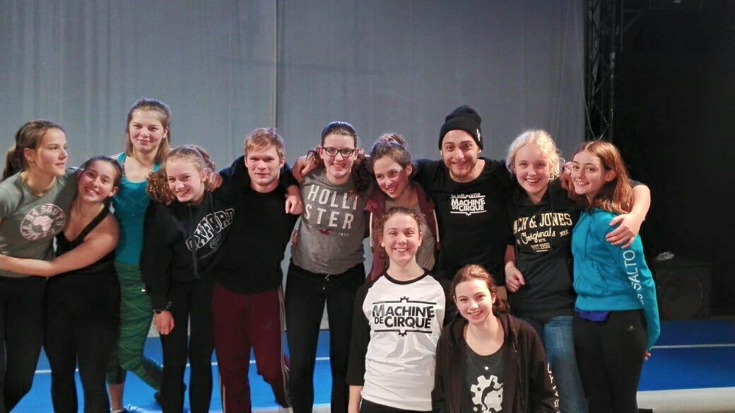 Zirkus Salto trifft Machine De Cirque